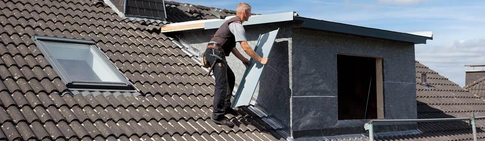 dakdekker isoleert dakkapel
